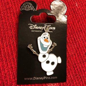 Disney Frozen Olaf Trading Pin - Brand New